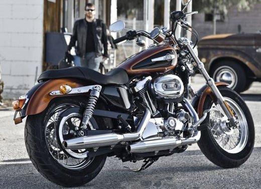 Harley Davidson 1200 Custom - Foto 1 di 34
