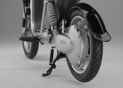Yamaha EC-03: cittadino elettrico - Foto 17 di 29