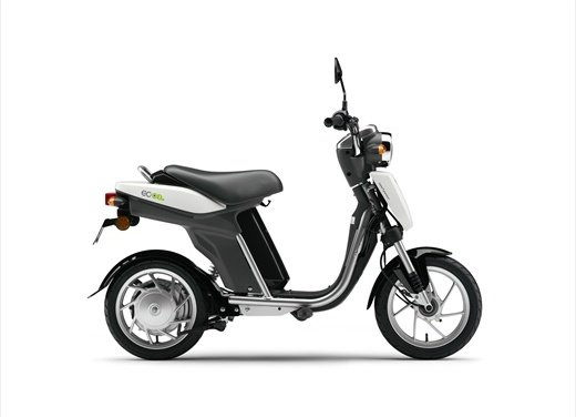 Yamaha EC-03: cittadino elettrico - Foto 15 di 29