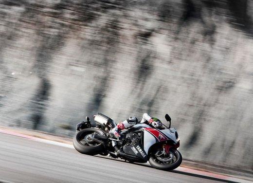 Yamaha YZF R1 WGP 50° Anniversario - Foto 9 di 18