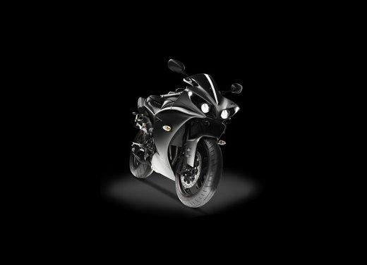 Yamaha YZF R1 - Foto 25 di 49