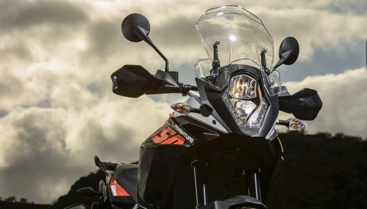 KTM 1050 Adventure: Prova su strada, prestazioni e prezzo - Foto 35 di 48