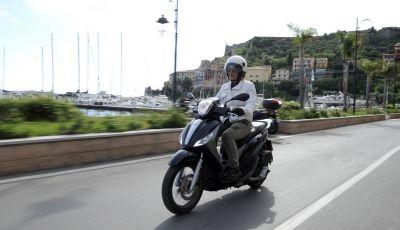 Prova su strada Piaggio Medley 2016, comfort in libertà