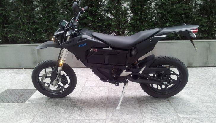 """Prova su strada: Zero Motorcycles FXS 11 kW: la """"125"""" elettrica - Foto 4 di 37"""