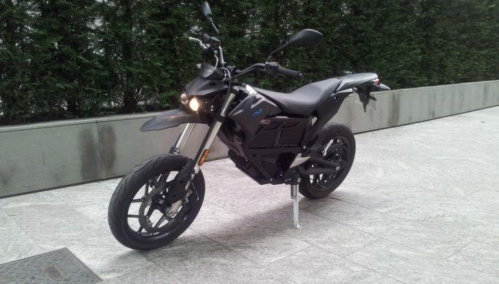 """Prova su strada: Zero Motorcycles FXS 11 kW: la """"125"""" elettrica - Foto 3 di 37"""