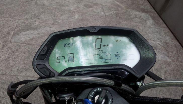 """Prova su strada: Zero Motorcycles FXS 11 kW: la """"125"""" elettrica - Foto 6 di 37"""