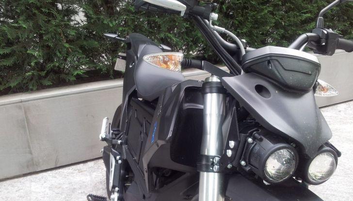 """Prova su strada: Zero Motorcycles FXS 11 kW: la """"125"""" elettrica - Foto 1 di 37"""