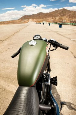 Harley Cafe Sportster by Roland Sands - Foto 23 di 38