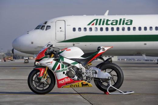 Aprilia Alitalia Racing Team - Foto 5 di 6