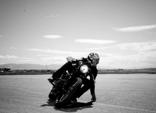 Harley Cafe Sportster by Roland Sands - Foto 13 di 38