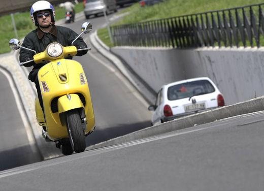 Vespa GTS 125 Super – Test ride - Foto 17 di 18