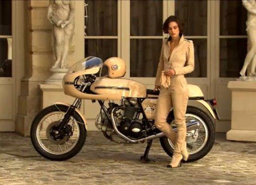 Le donne in moto più brave degli uomini - Foto 5 di 17