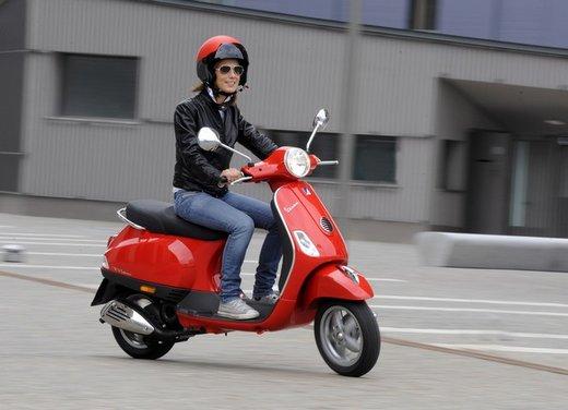 Piaggio Vespa 50 LX in promozione al prezzo di 2.090 euro - Foto 5 di 8