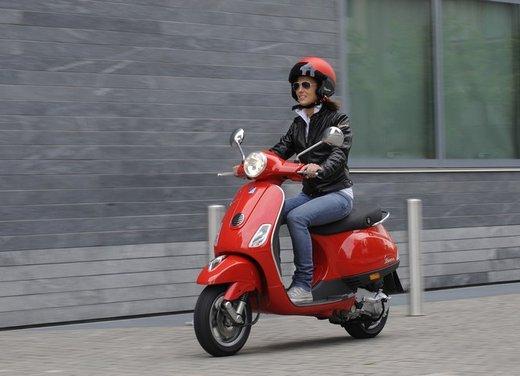 Piaggio Vespa 50 LX in promozione al prezzo di 2.090 euro - Foto 7 di 8
