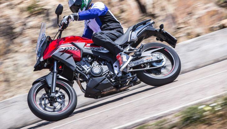 Test Honda CB 500X: divertimento e facilità immediata! - Foto 18 di 41