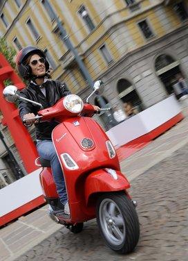 Piaggio Vespa 50 LX in promozione al prezzo di 2.090 euro