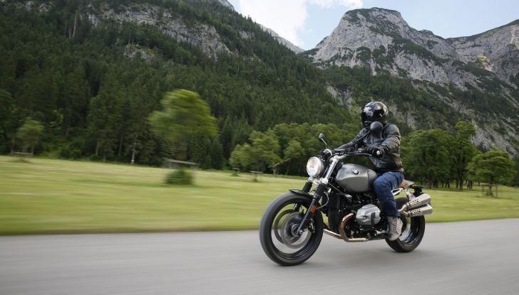 Prova della nuova BMW nineT Scrambler: due ruote selvaggia! - Foto 2 di 22