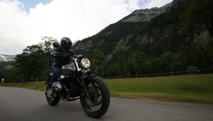 Prova della nuova BMW nineT Scrambler: due ruote selvaggia! - Foto 4 di 22