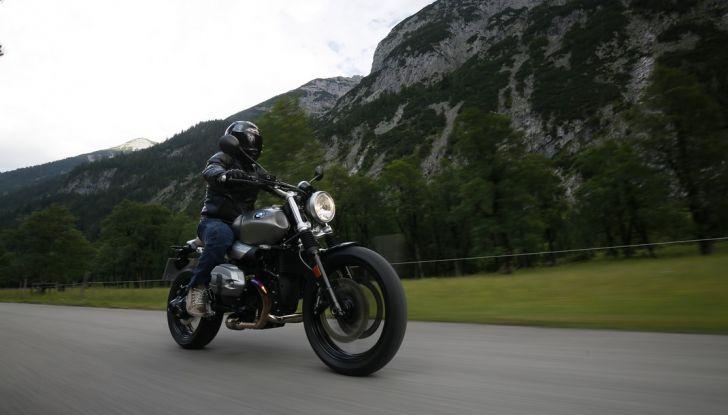 Prova della nuova BMW nineT Scrambler: due ruote selvaggia! - Foto 5 di 22