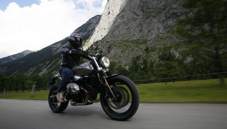 Prova della nuova BMW nineT Scrambler: due ruote selvaggia! - Foto 9 di 22