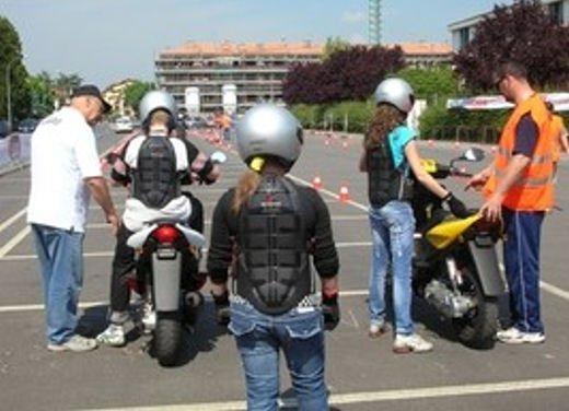 Esame pratico obbligatorio per scooter e minicar - Foto 3 di 8