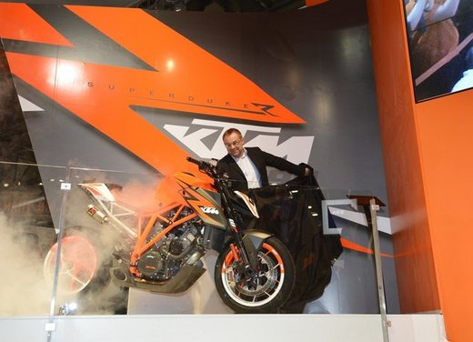 KTM 1290 Super Duke R concept - Foto 5 di 11