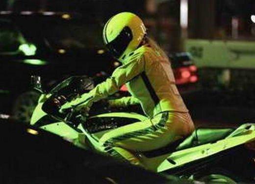 Le donne in moto più brave degli uomini - Foto 16 di 17