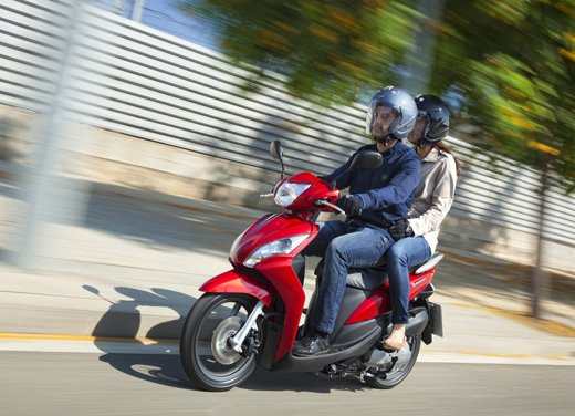 Honda Vision 110: long test ride del nuovo scooter Honda - Foto 5 di 25