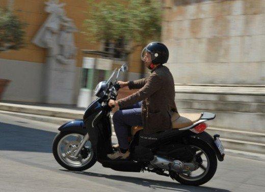 Aprilia Scarabeo 200 ie: prezzi, promozioni e novità dello scooter Aprilia