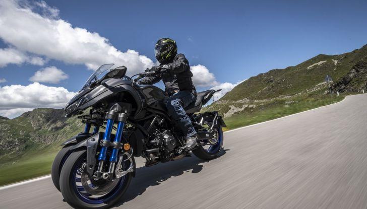 Yamaha Niken: come va la moto più discussa di sempre - Foto 3 di 22