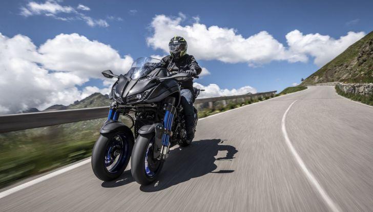 Yamaha Niken: come va la moto più discussa di sempre - Foto 6 di 22