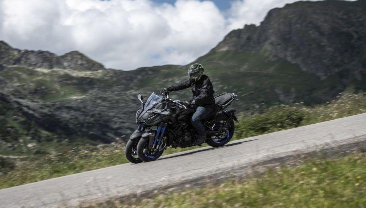 Yamaha Niken: come va la moto più discussa di sempre - Foto 10 di 22