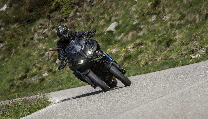 Yamaha Niken: come va la moto più discussa di sempre - Foto 20 di 22