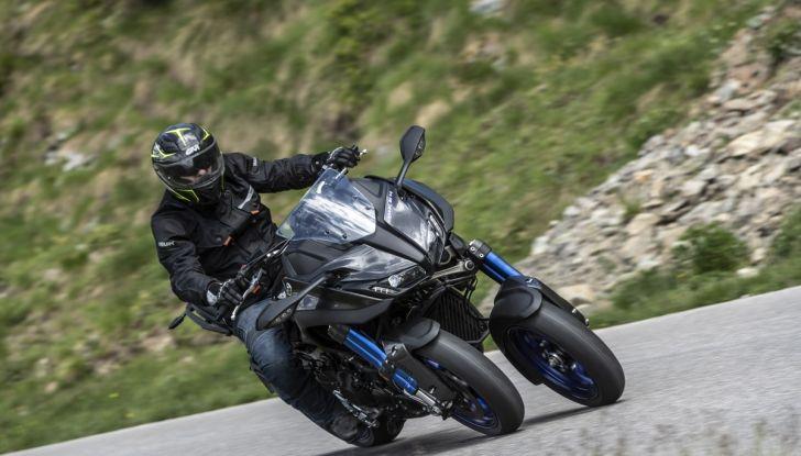 Yamaha Niken: come va la moto più discussa di sempre - Foto 22 di 22