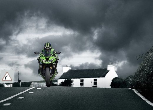 Kawasaki Ninja ZX-6R video ufficiale