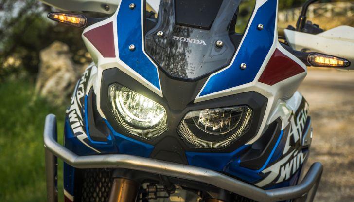 Honda Africa Twin 2020: in arrivo la versione rinnovata e migliorata - Foto 20 di 35