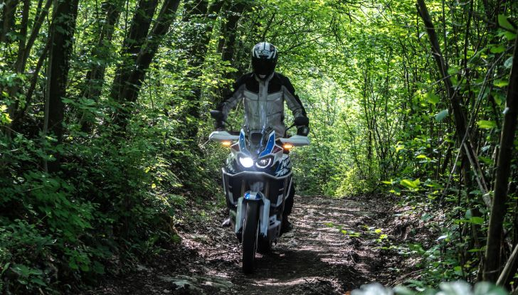 [VIDEO] Honda Africa Twin ADV Sports 2018: la prova completa - Foto 35 di 35