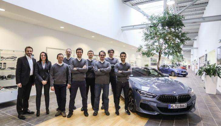 BMW e il programma di qualificazione del personale per auto elettriche e ibride - Foto 4 di 13