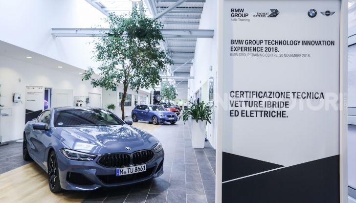BMW e il programma di qualificazione del personale per auto elettriche e ibride - Foto 7 di 13