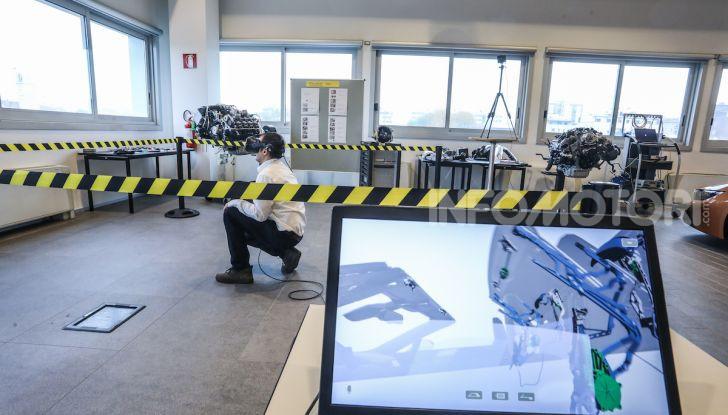 BMW e il programma di qualificazione del personale per auto elettriche e ibride - Foto 9 di 13