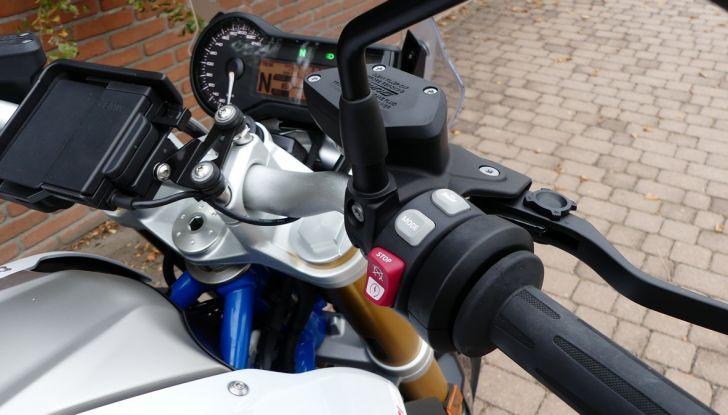 BMW R1200R: ogni giorno in sella - Foto 15 di 30