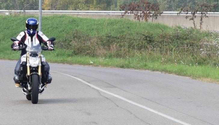BMW R1200R: ogni giorno in sella - Foto 30 di 30