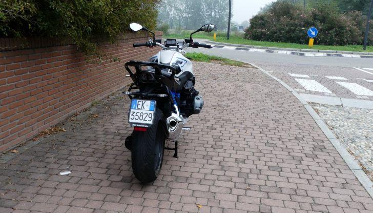 BMW R1200R: ogni giorno in sella - Foto 10 di 30