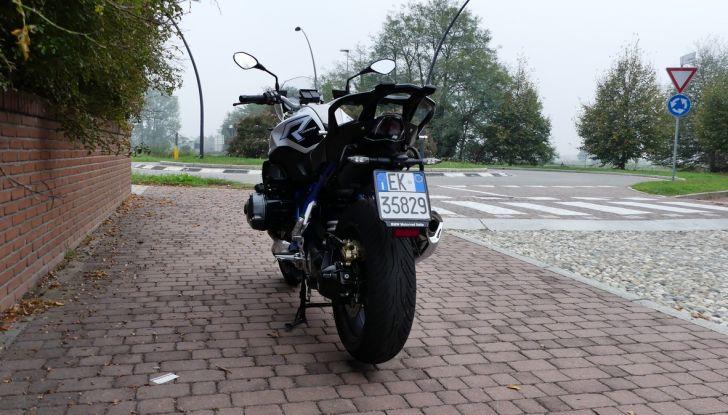 BMW R1200R: ogni giorno in sella - Foto 11 di 30