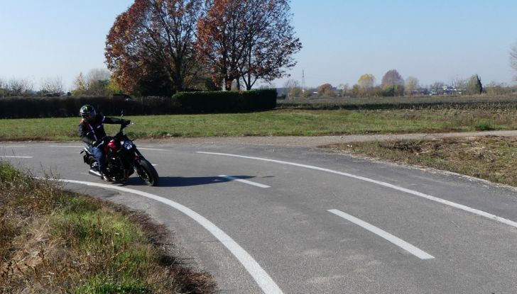 Nuovo Benelli Leoncino: la prova su strada - Foto 56 di 82
