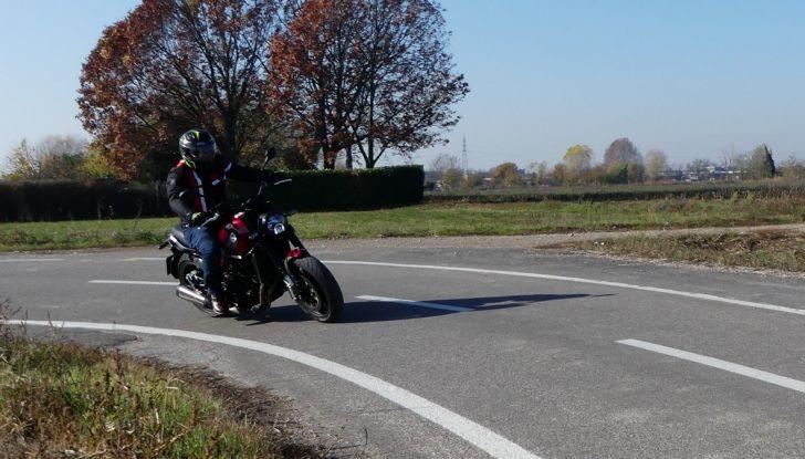 Nuovo Benelli Leoncino: la prova su strada - Foto 54 di 82