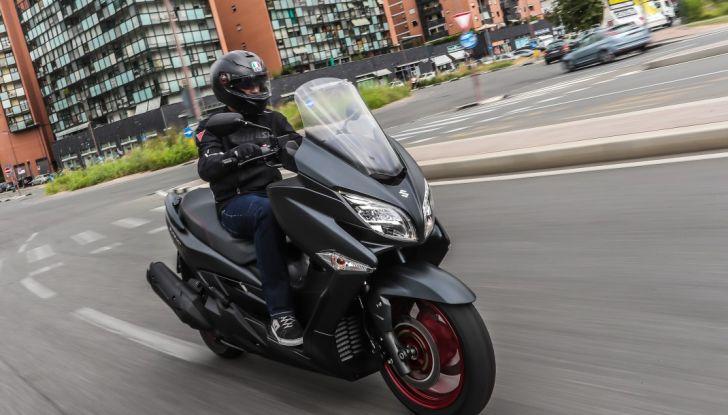 Nuovo Suzuki Burgman 400 ABS: Big in Japan! - Foto 2 di 12