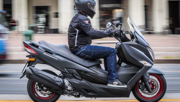 Nuovo Suzuki Burgman 400 ABS: Big in Japan! - Foto 3 di 12