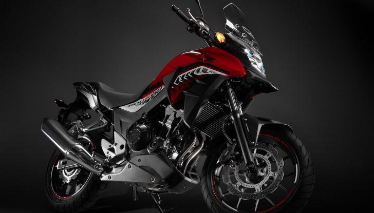Test Honda CB 500X: divertimento e facilità immediata! - Foto 31 di 41