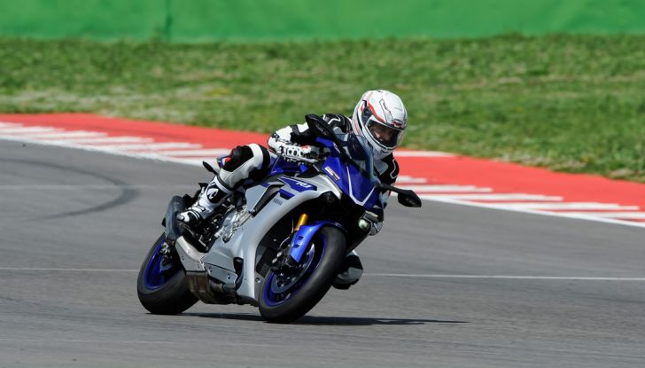 A Misano con Yamaha Supersport Pro Tour 2016: Adrenalina a mille! - Foto 28 di 60